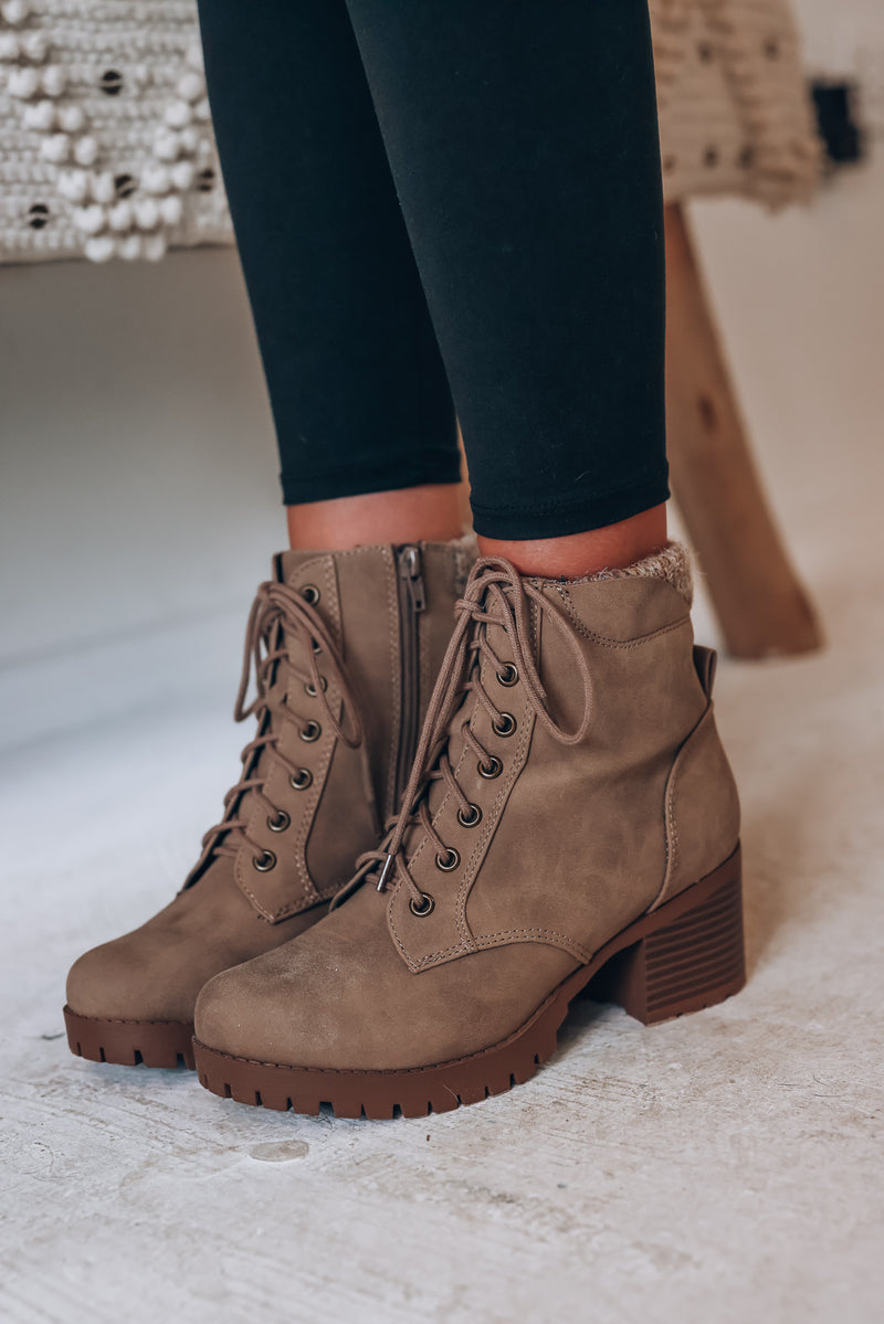 Brody Boot (Taupe)