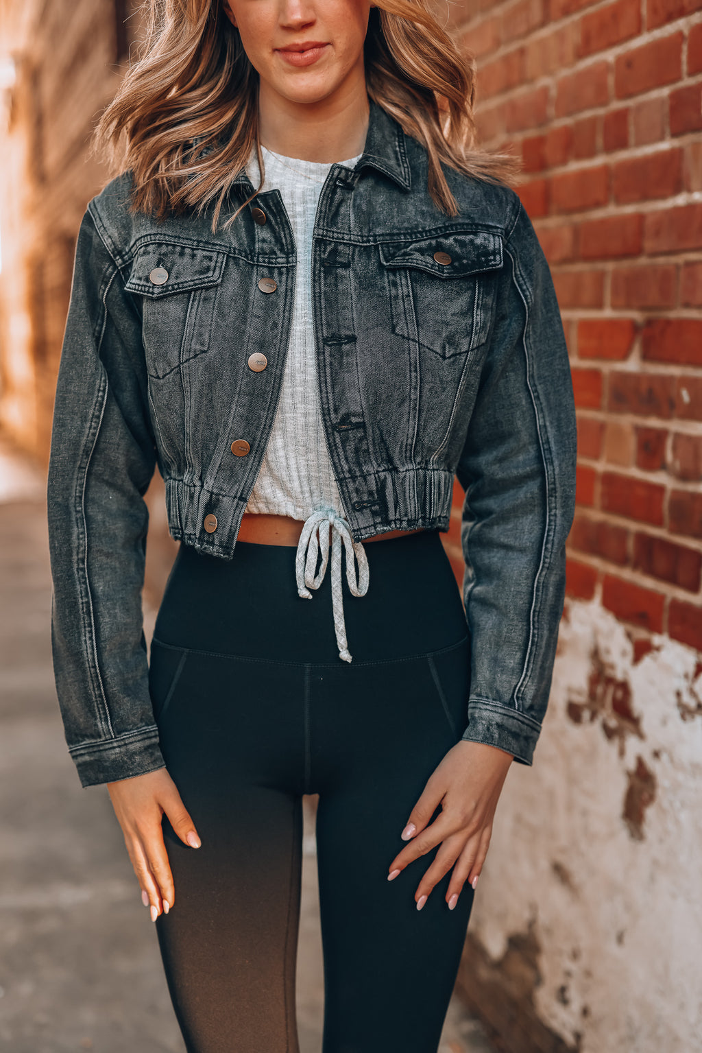 Dare Me Denim Crop Jacket (Washed Black)