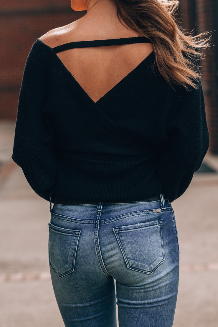 Sweater Weather Knit Top (Black)