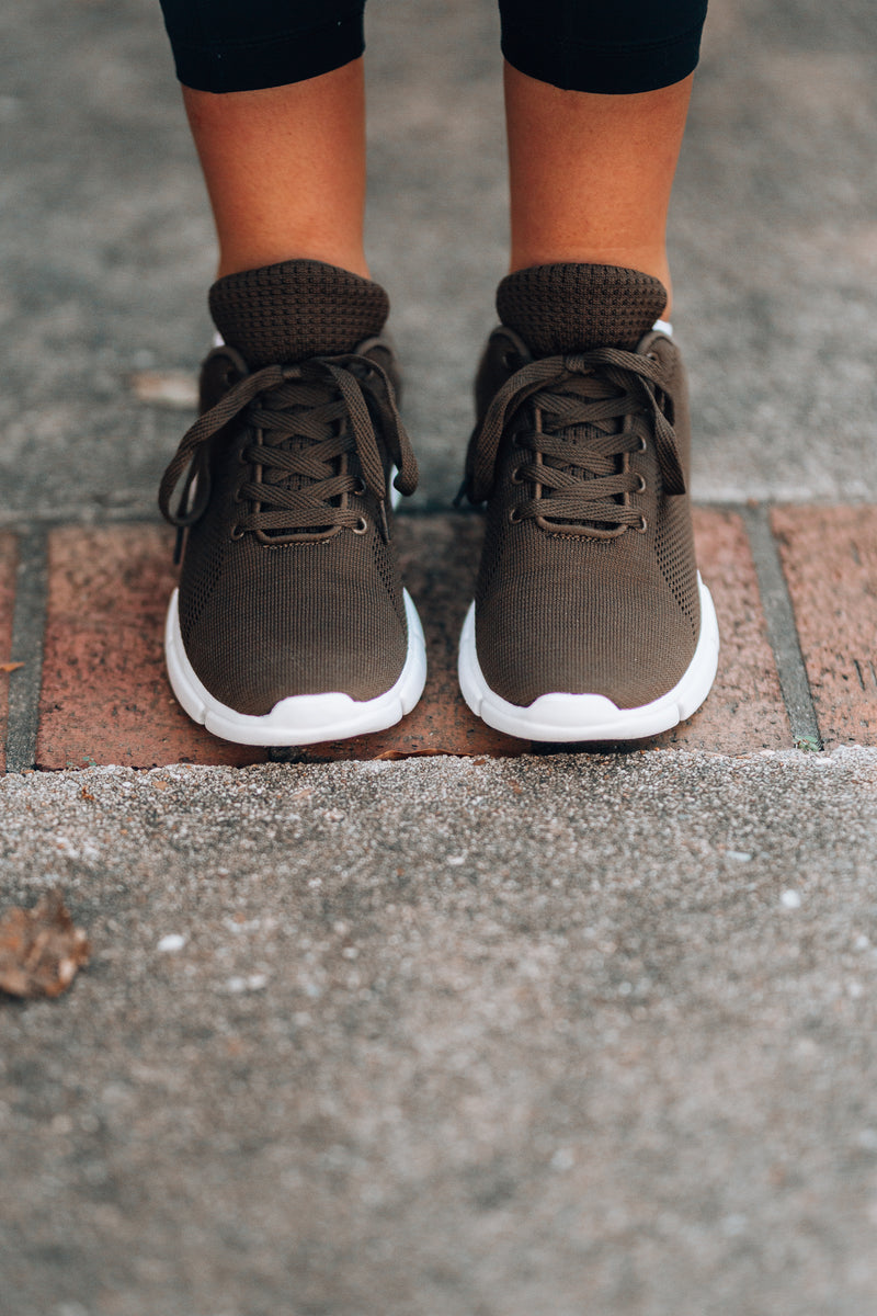 Off Duty Knit Sneakers (Khaki)