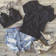 Summer Daisy Distressed Shorts