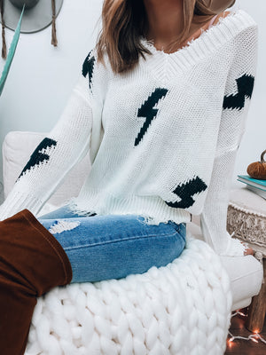 Zapped Frayed Sweater (Off White/Black)