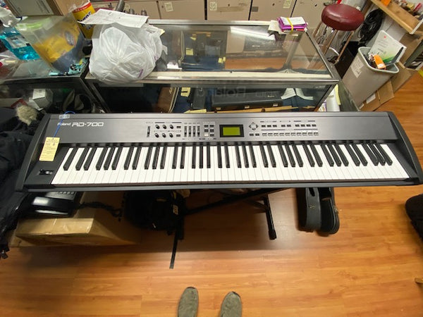 Roland RD-700 Digital Stage Piano Keyboard (used)