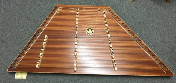 Dusty Strings D650 Hammered Dulcimer w/case (used)