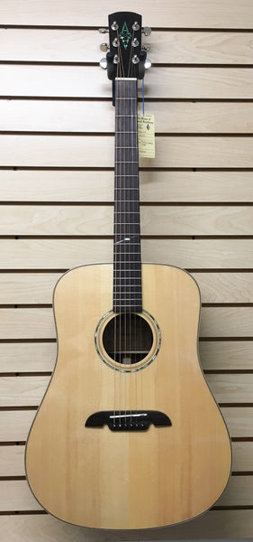 Alvarez MD90 Acoustic Guitar (used)