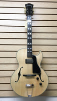 Eastman AR371CE-BD Archtop acoustic/electric Guitar