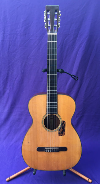 Martin 00-18G Nylon-String Guitar, 1955 (used)
