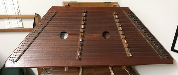 Dusty Strings D10 Hammered Dulcimer with case (used)