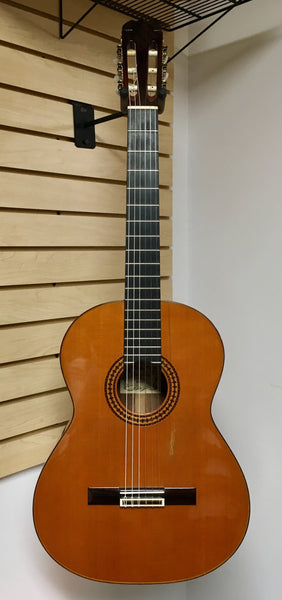Dauphin Model 60 Classical Guitar (used)