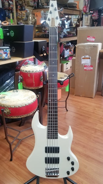 Inner Wood 5-String Bass guitar (used)