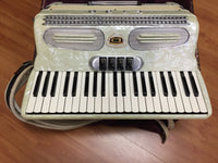 Lido Model 200 120-Bass Piano Accordion (used)