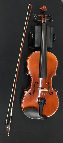 Century Strings 320 4/4 Violin (used)
