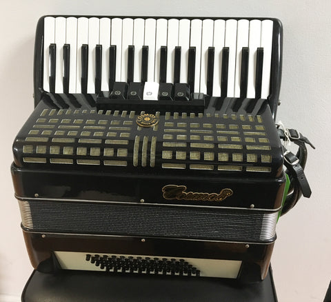 Cosmos 60-bass Accordion (used)