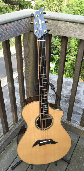 Breedlove Masterclass Concert EXCLUSIVE Acoustic-Electric Guitar