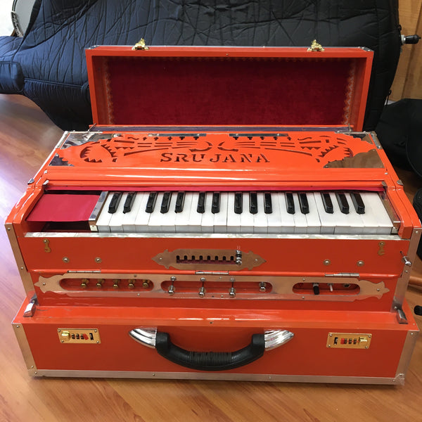 Srujana Scale Changer Harmonium (used)