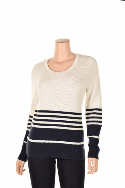 Tommy Hilfiger size S Sweater Style # 7652623