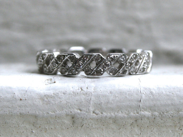 "Vintage 18K White Gold Diamond ""X"" Hidalgo Wedding Band."