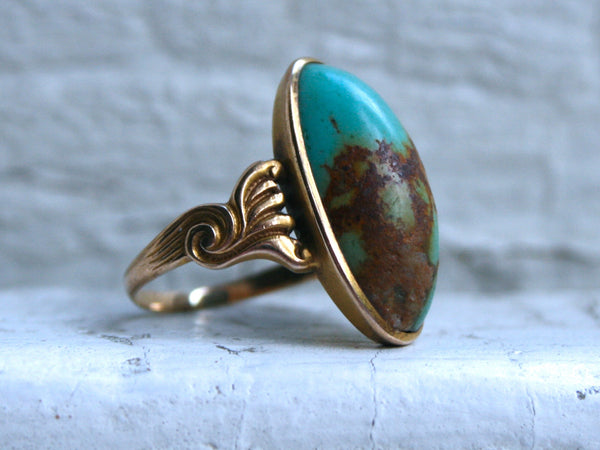 Vintage 14K Yellow Gold Turquoise Ring.