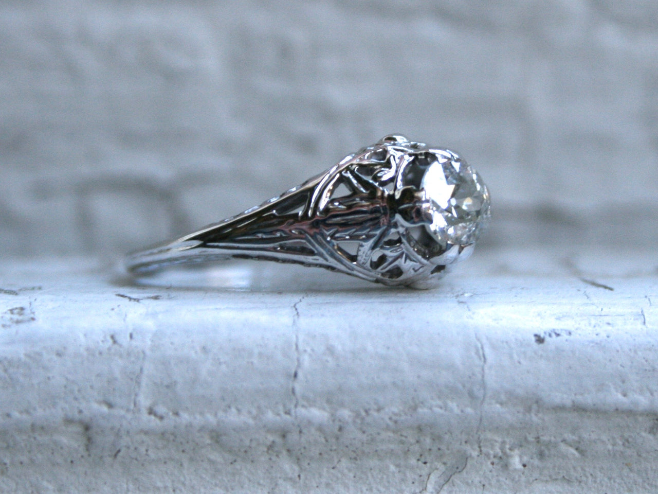 Vintage Filigree 18K White Gold Solitaire Diamond Engagement Ring - 0.50ct.