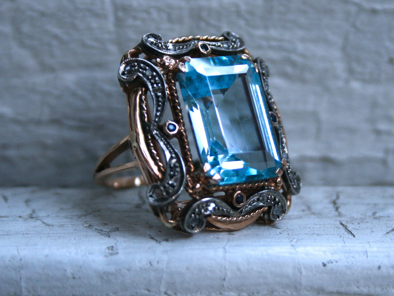 Fantastic Fancy Retro Vintage 14K Yellow Gold Blue Topaz, Diamond and Sapphire Ring - 18.18ct.