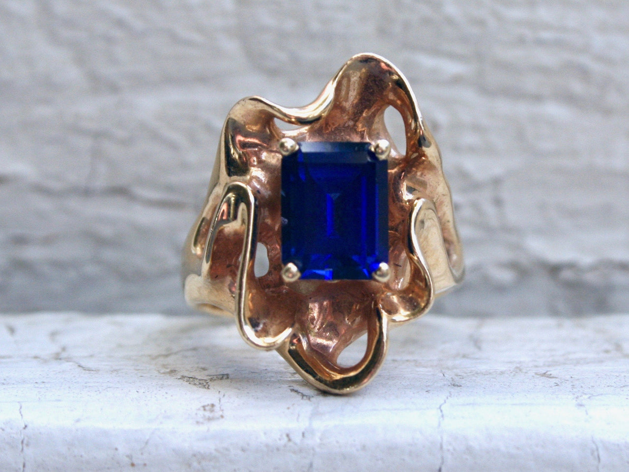 Vintage 18K Yellow Gold Synthetic Sapphire Solitaire Engagement Ring - 3.00ct.