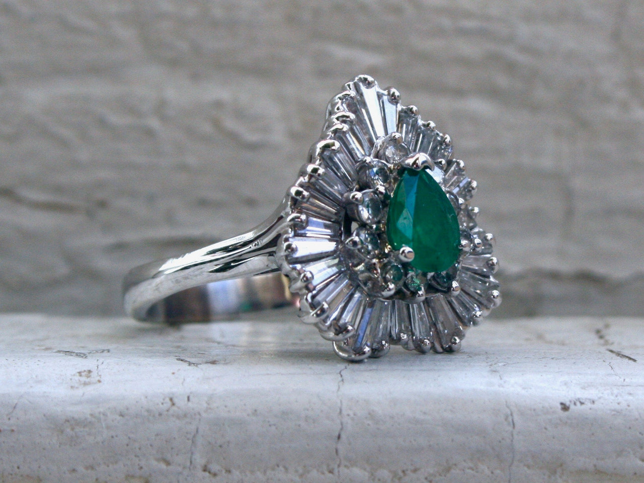 Stunning Vintage Emerald and Diamond Halo Engagement Ring - 2.60ct.