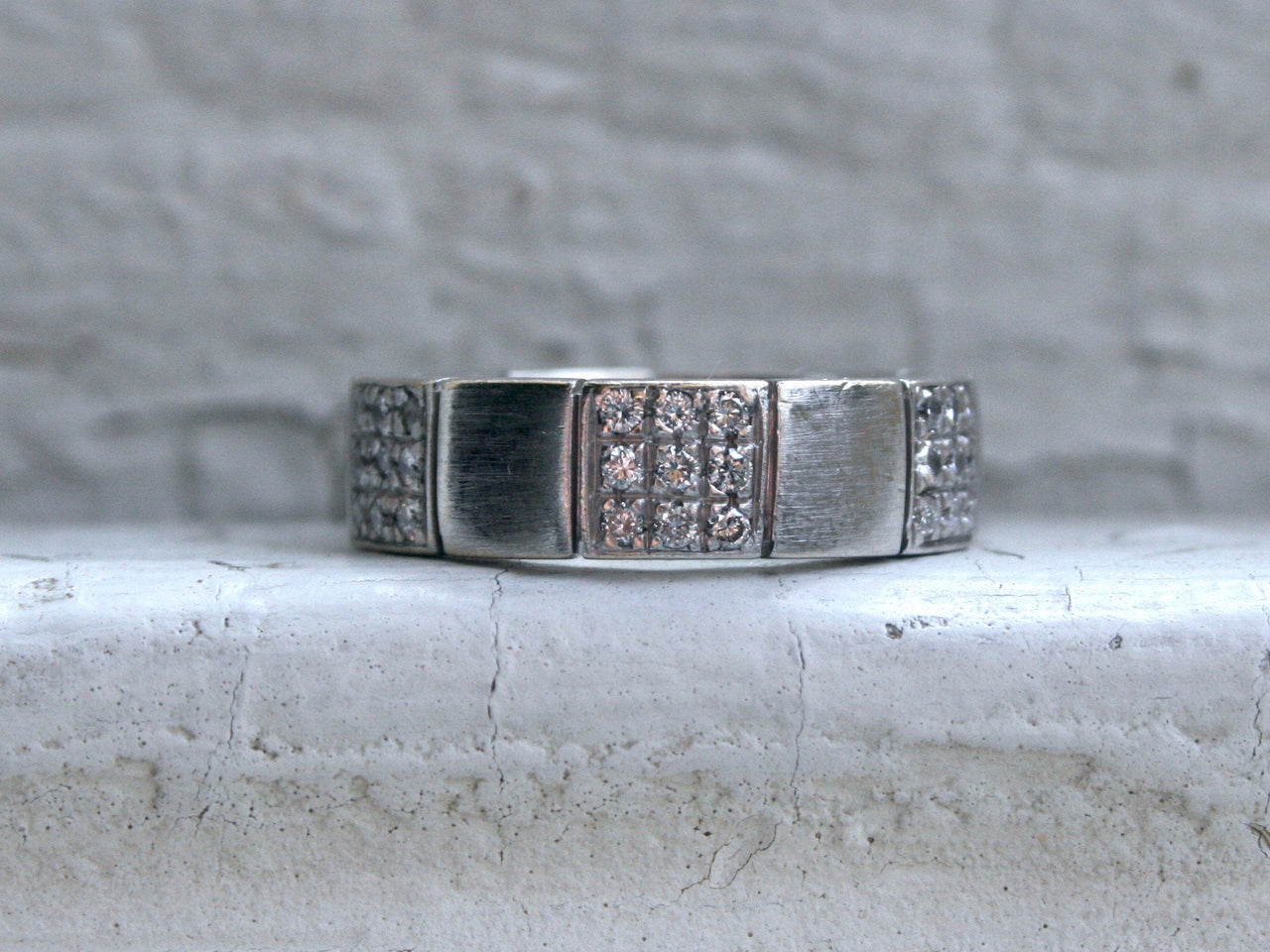 Classic Men's Vintage 18K White Gold Pave Diamond Wedding Band - 0.54ct.