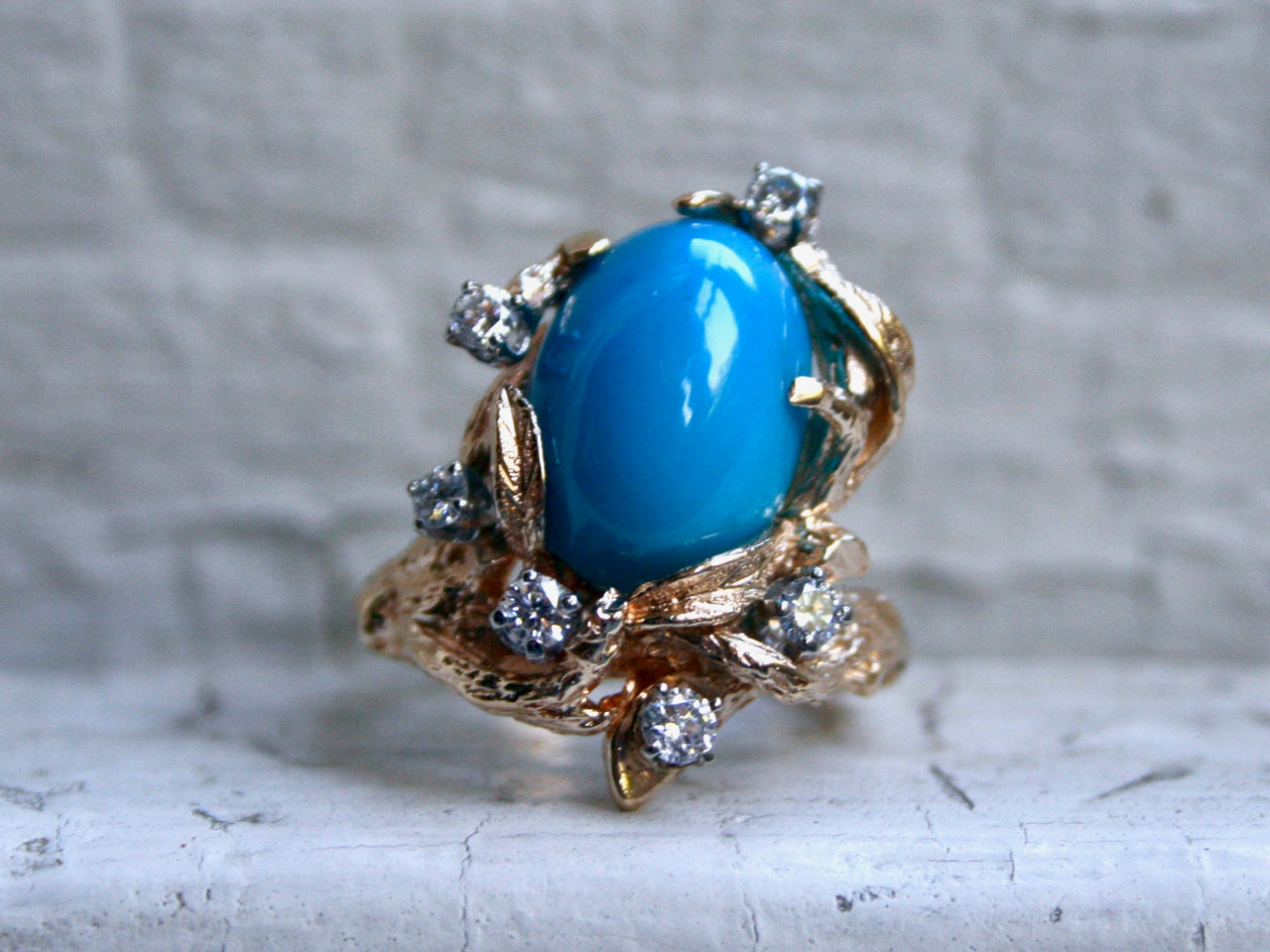 Gorgeous Antique 14K Yellow Gold Diamond and Turquoise Ring.