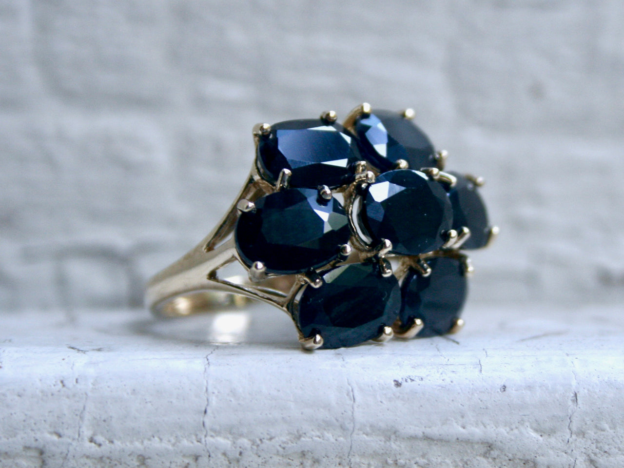 Gorgeous Vintage 10K Yellow Gold Cluster Sapphire Ring - 13.00ct.
