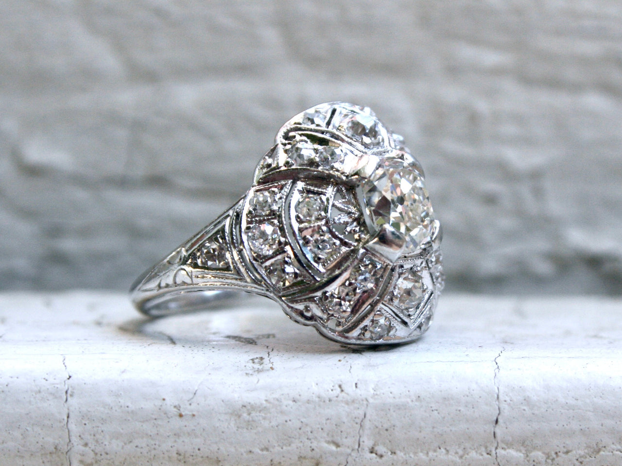 Gorgeous Art Deco Vintage Platinum Diamond Cluster Ring Wedding Ring - 1.94ct.