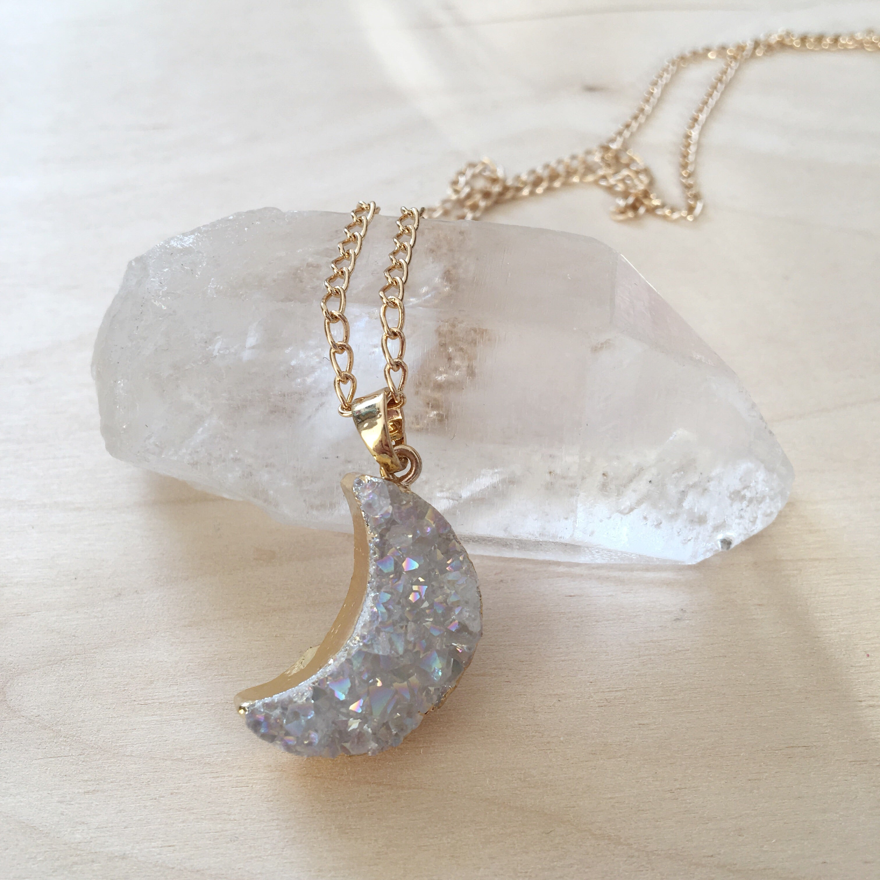 ANGEL AURA CRESCENT MOON PENDANT