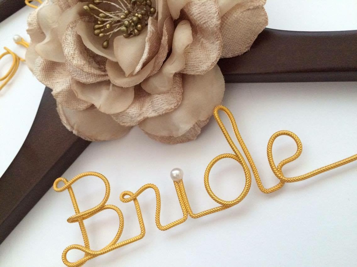 Bride Vintage Wedding Coat Hanger Large Flower Vintage Style 01