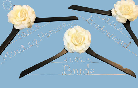 Set Personalised Bridal Coat Hangers * Lovely Date Style 02