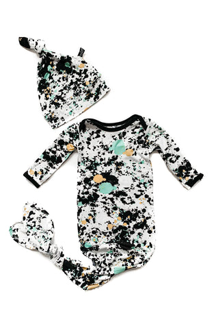 Splatter Paint Knotted Newborn Set