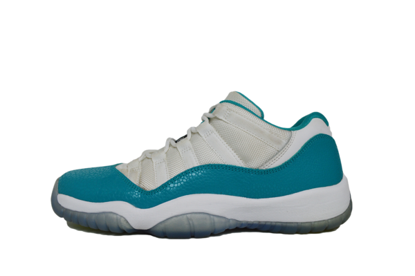 AIR JORDAN 11 LOW (GP)