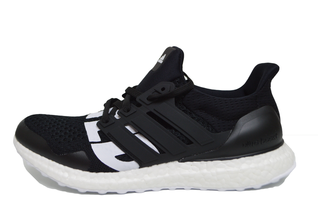 5d33fafac ULTRA BOOST 4.0 x UNDEFEATED