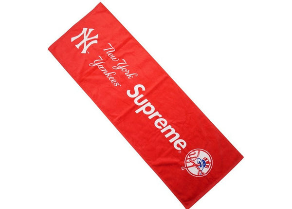 SUPREME x NY YANKEES HAND TOWEL