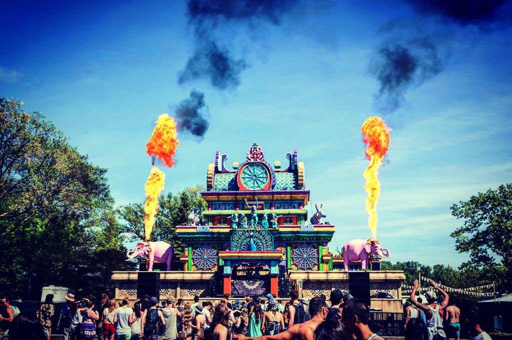 FEEL THE LOVE WITH BESTIVAL!