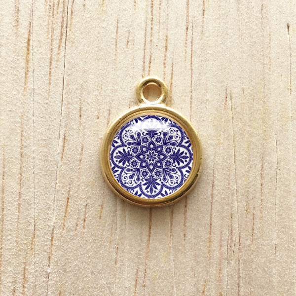 Blue and Gold Round Pendant Charm Bracelet Jewelry - Blue Glaze