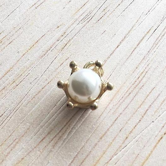 Glamorous Pearl Charm for Bracelet and Jewelry