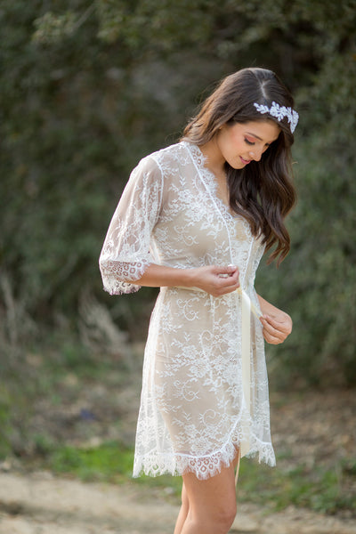 Elle <br> White French Chantilly Lace Bridal Robe