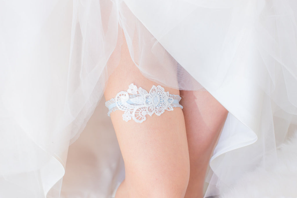 White and Blue Garter - GS105
