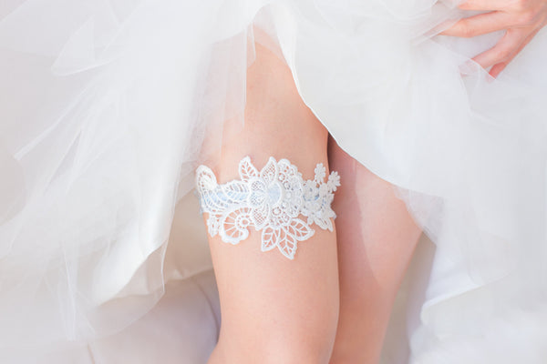 White and Blue Garter <br> GS106
