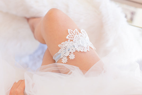 White and Blue Garter - GS106