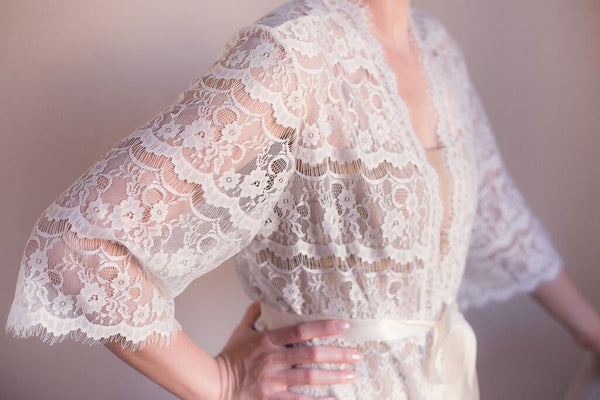 Ivory Lace Bridal Robe - LR101