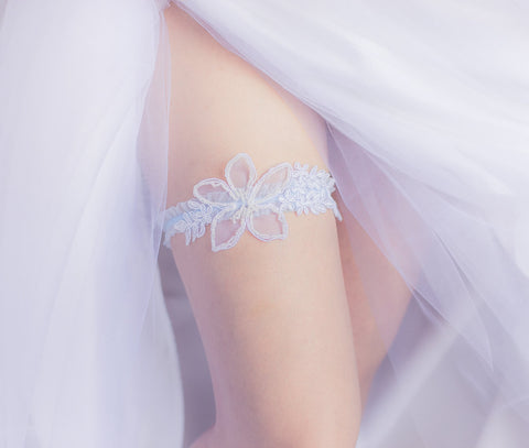 White and Blue Garter <br> GS110