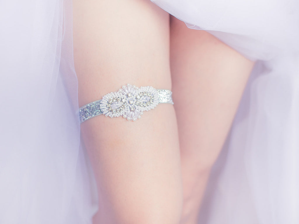 Rhinestone and Pearl Garter - GS302