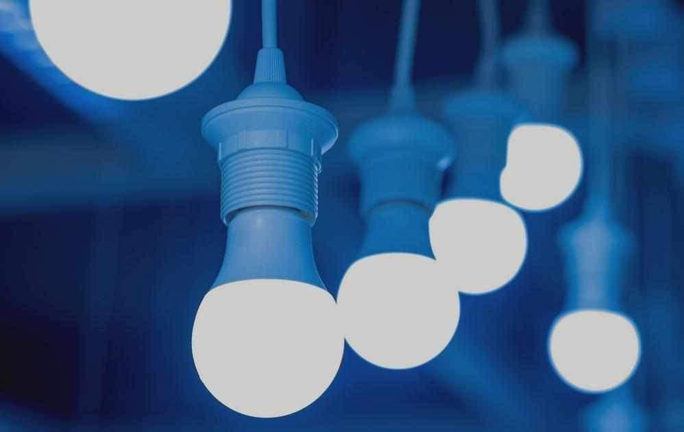 The Horrors Of Working And Living Under Fluorescent & LED lights (+How You Can Avoid Them)-BlockBlueLight