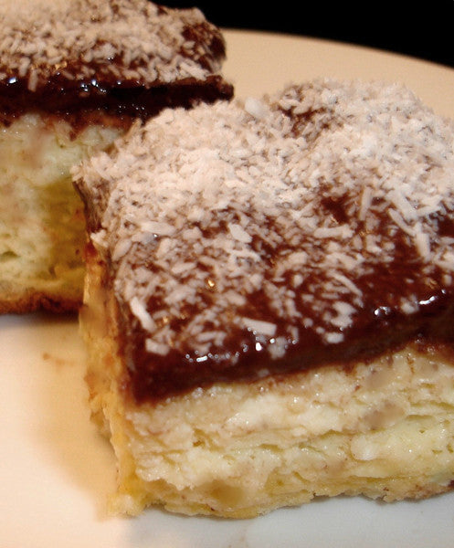 Sponge Cake with Pudding