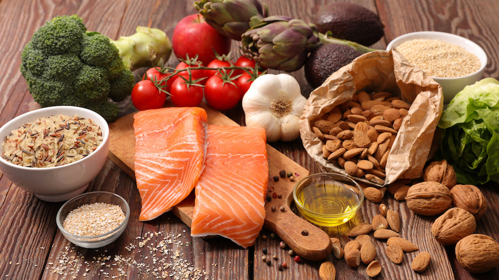 A variety of healthy fats and vegetables to improve cholesterol